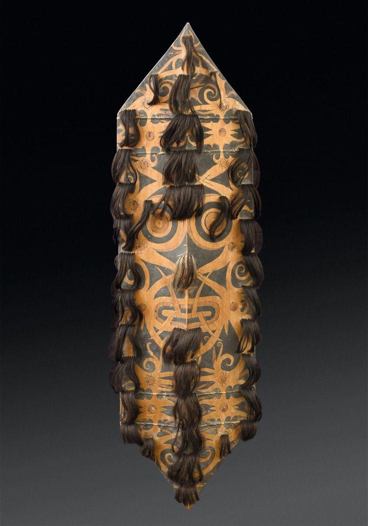 Kalimantan, IndonesiaA DAYAK SHIELD, Auction 1045 African and Oceanian Art, Lot 144
