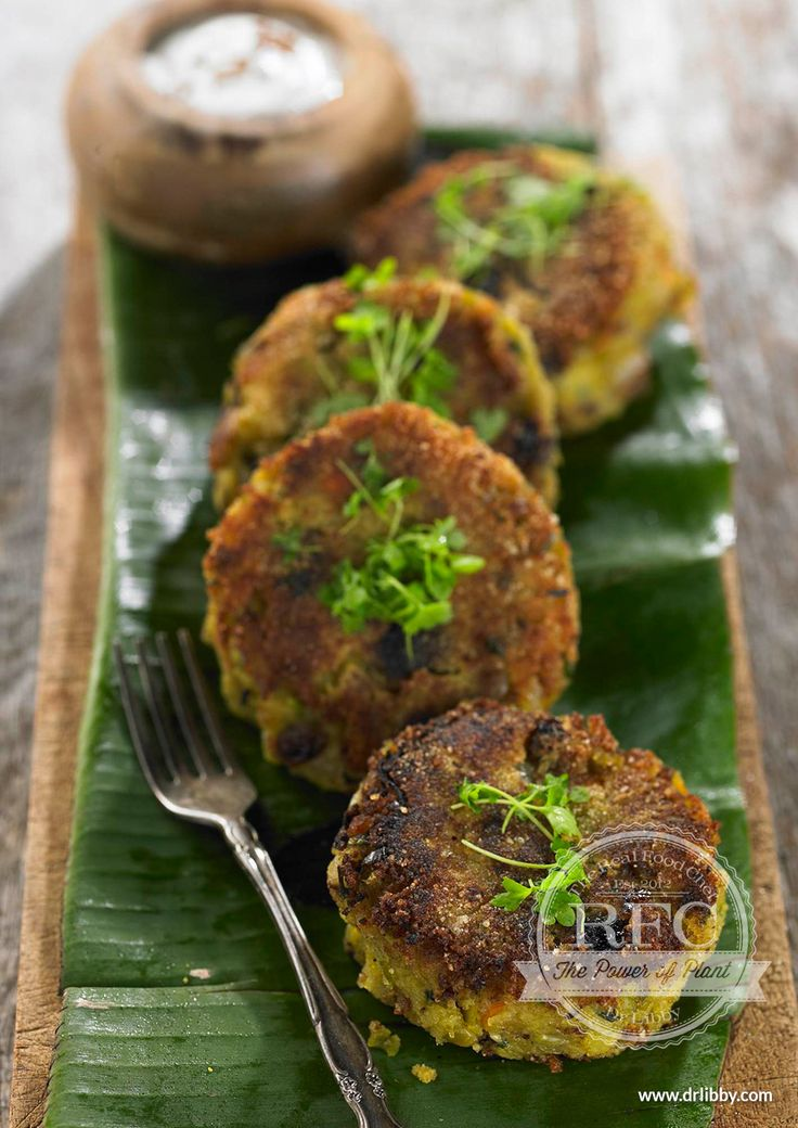 Green Split Pea and Potato Cakes   These Indian-inspired potato cakes have the benefits of warming spices, known in traditional medicines to assist digestive function. Green split peas are a good source of protein, fiber and minerals adding to the nutritional value of these very yummy potato cakes.   www.drlibby.com
