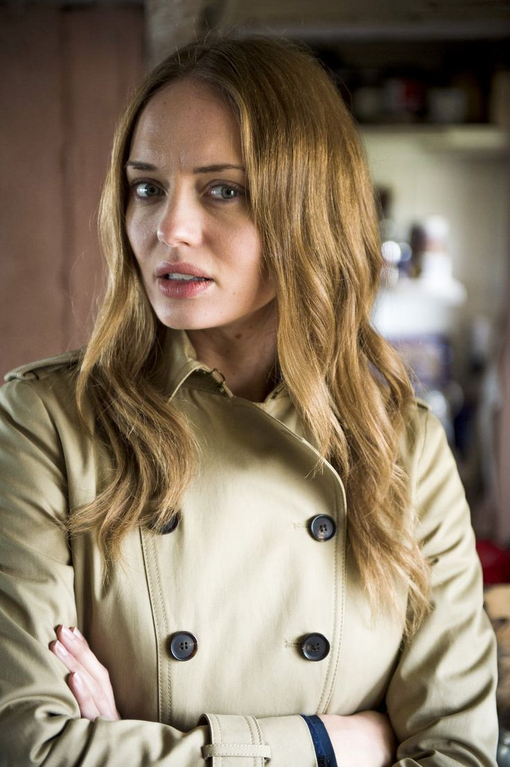 Laura Haddock in Luther