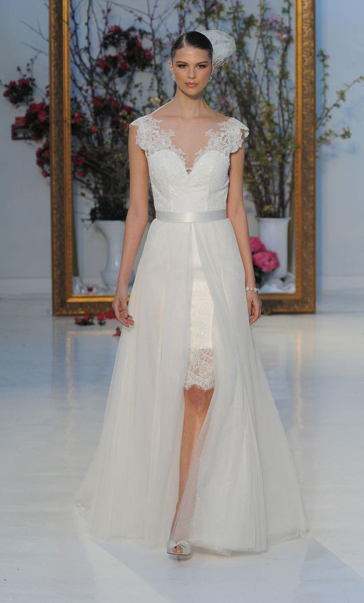 Short lace gown with lace detailing and tulle overlay | Anne Barge Spring 2017 | https://www.theknot.com/content/anne-barge-wedding-dresses-bridal-fashion-week-spring-2017