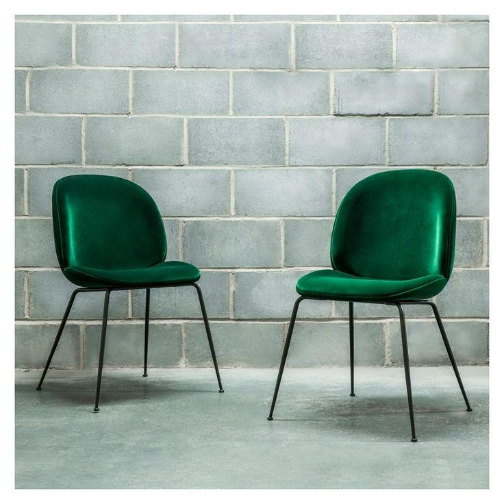 Chaise Beetle velours vert - piétement noir - Gubi - Les Icônes du design - Meuble & Luminaire - The Conran Shop