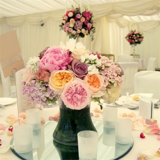 vase centrepiece of David Austin roses, Sweet Avalanche, Belle Rose and Nakuru roses and hydrangeas