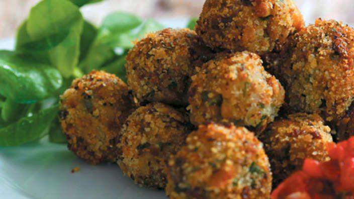 Eggplant meatballs (polpettine di melanzana) recipe : SBS Food
