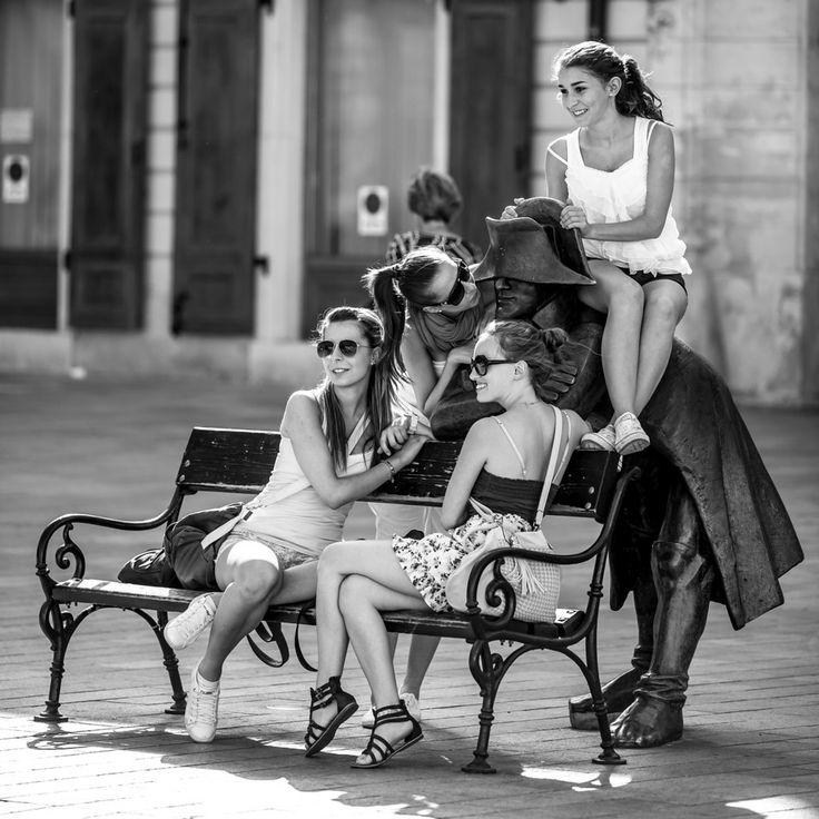 Girls love Napoleon. #Bratislava