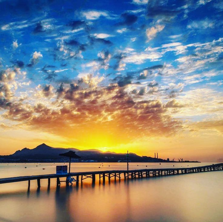 Zachód słońca na Majorce  #majorka #mallorca #awesome #beautiful #beautifulview #sunset #travelphotography #traveler #travel #traveluje #travellife #travelpic #beautifulplace #podróż #podróże #podróżnik #wakacje