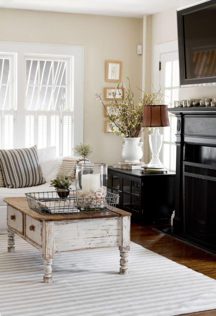 Cottage Living Room Furniture Part - 32: Vintage Chic Home Tour. Country Cottage LivingCottage Living RoomsCountry  CottagesLiving Room FurnitureShabby ...