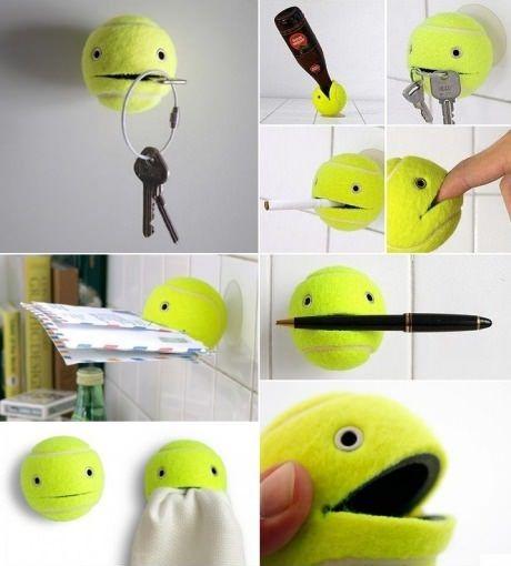 Pelota de tenis para sujetar diversos objetos
