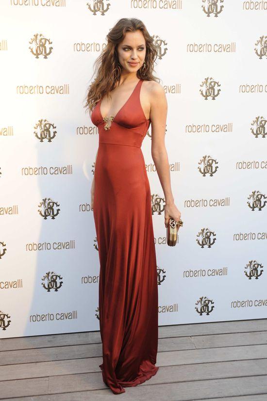 FeminineX | The Most Beautiful Dresses of Irina Shayk
