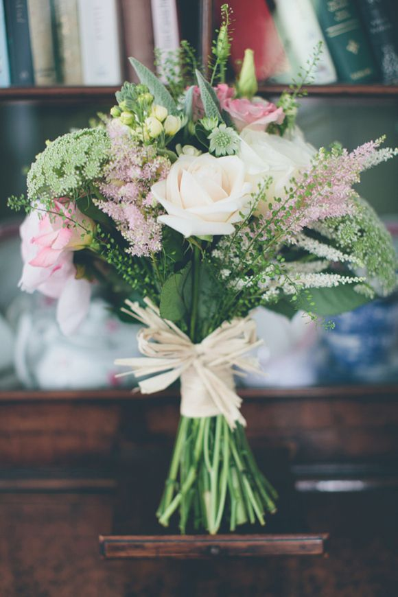 Gorgeous wedding ideas on this link. I love this colour scheme. My favourite bouquet!