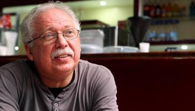 Roberto Malaver /// La toma del este de Caracas en 140 caracteres http://www.ojopelao.com/roberto-malaver-la-toma-del-este-de-caracas-en-140-caracteres/