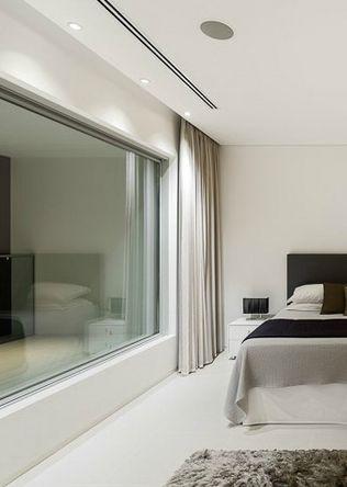 Decor Design. Master bedroom, Villa Escarpa by Mario Martins (©Fernando Guerra)_