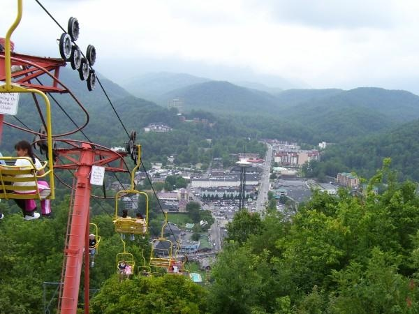 The best view of Gatlinburg, Tennessee, is from the Sky Lift. You will board downtown but in no time you will be raised to amazing heights to a fantastic vantage point of the city surrounded by the gorgeous Great Smoky Mountains. When you reach the end of the tour, 1,800 feet up the mountain, you will have a chance to relax, eat a snack, and soak up the wonderful scenery around you.
