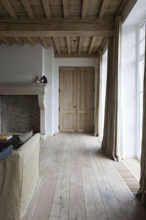 Les 20 meilleures id es de la cat gorie poutre plafonds sur pinterest plafonds poutres - Deco stijl chalet ...