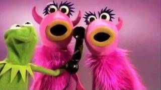 "Muppet Show - Mahna Mahna.. Original!, via YouTube.    liney lou loves this! she calls the pink things cows, ""Mamma I wanna watch the muffet cows"""