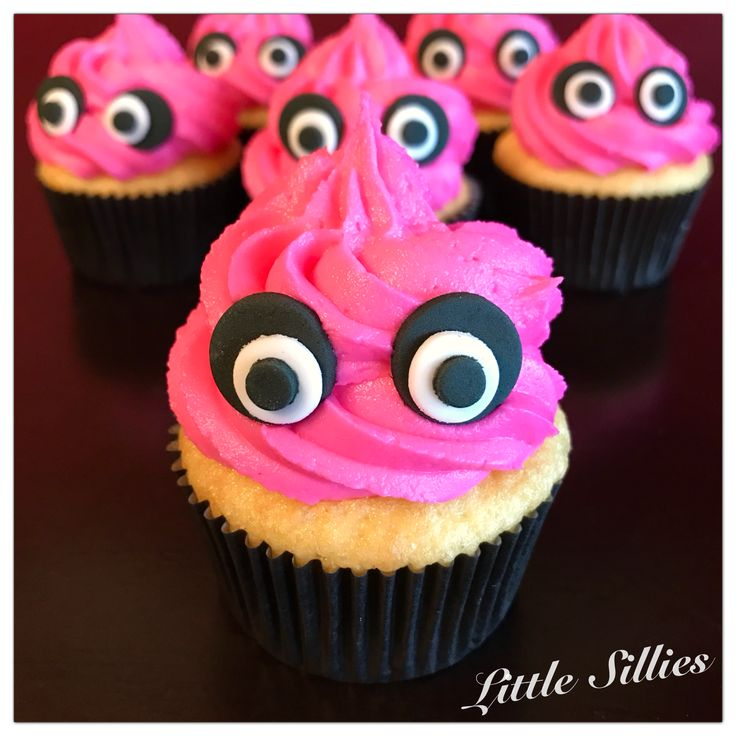 Five Nights at Freddy's themed cupcakes