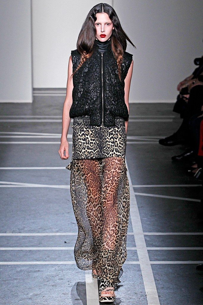 Givenchy Spring 2011 Ready to Wear Collection Photos   Vogue