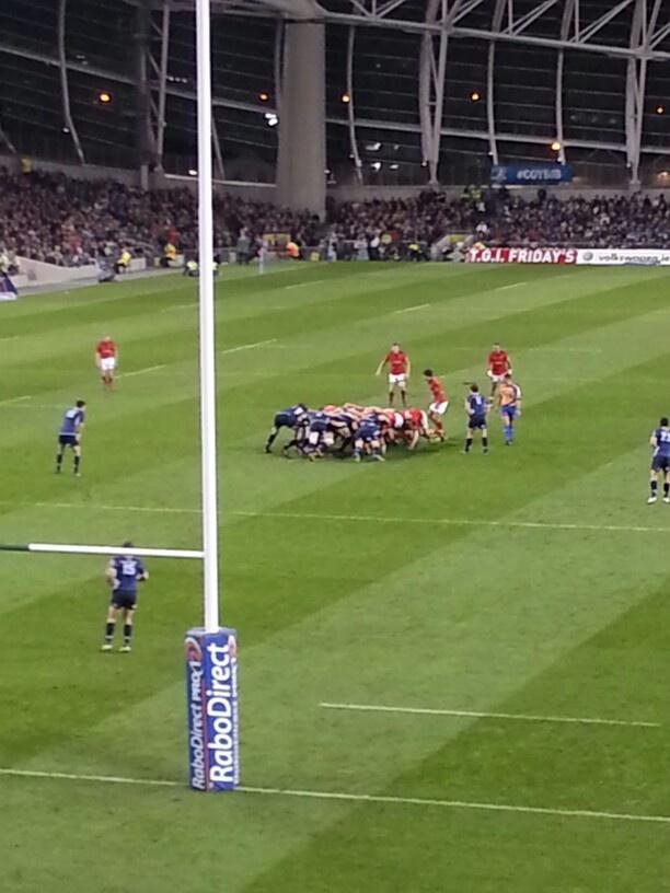 Munster V Leinster, scrum
