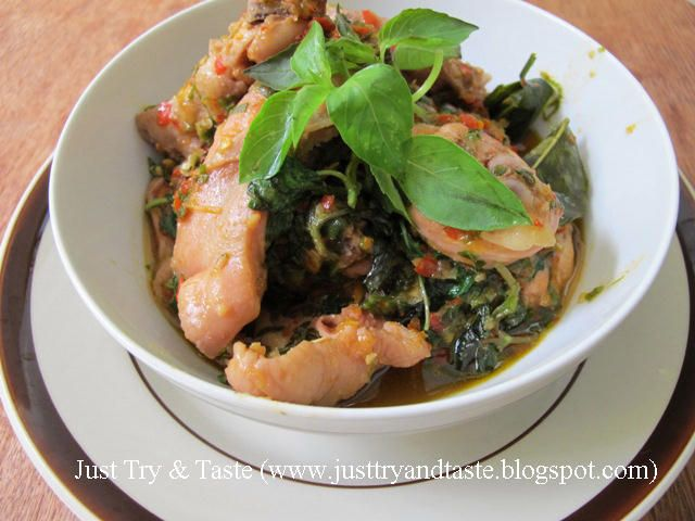 Ayam Garo Rica (Manado)