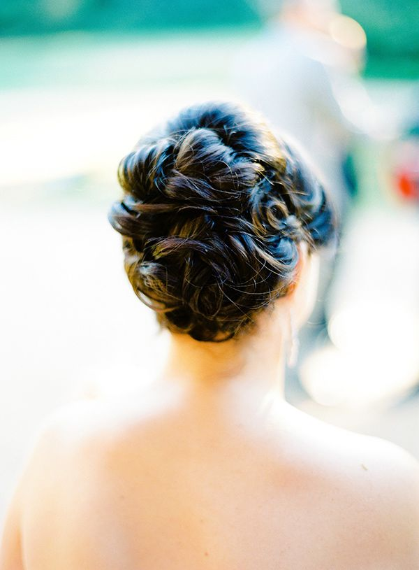 chic bridal updo // photo by Mandy Mayberry