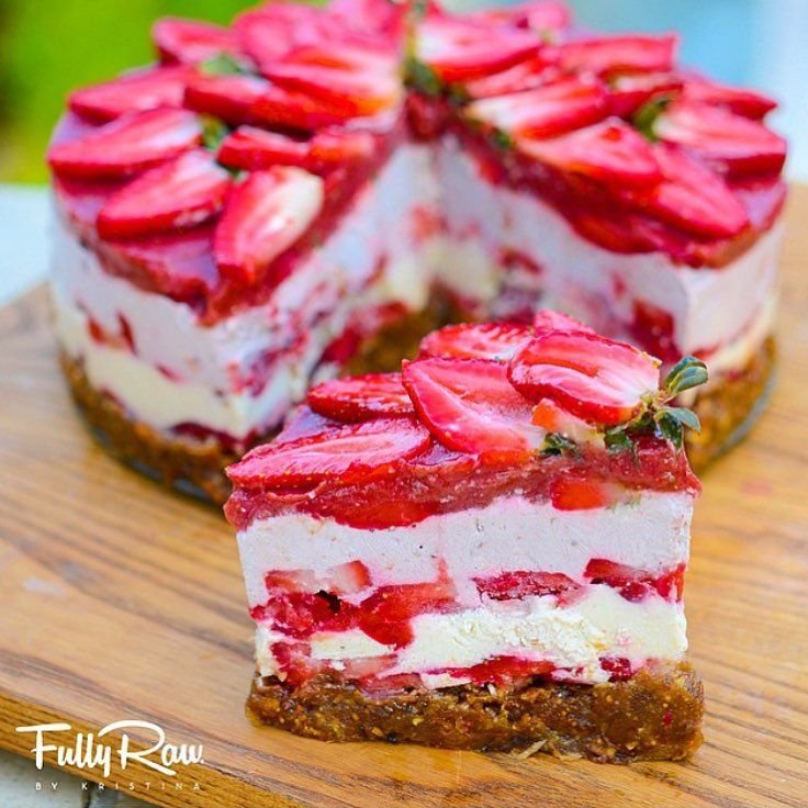bestofveganFullyRaw vegan strawberry shortcake by@fullyrawkristina