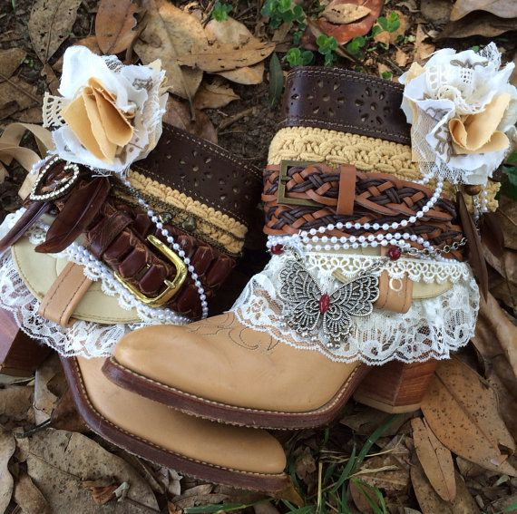 Western Boots/ Women's cowboy boots/Cowgirl Shannon Boots/Custom order boots/BOHO boots/Wedding Boots