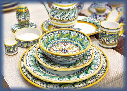 Classic maiolica tableware by Gialletti Pimpinelli of Deruta, Italy