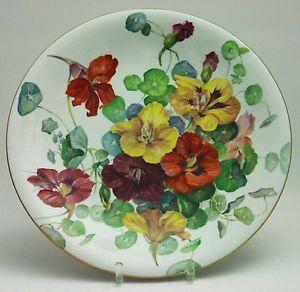 Meissen-Wandteller-Blumenmalerei-naturalistisch-sehr-gross-Goldrand