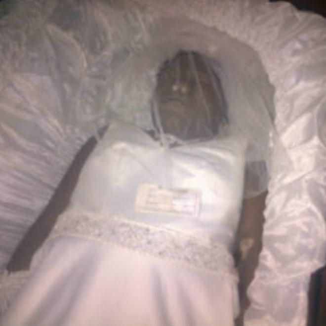 Nigerian Actress Bisi Komolafe | The dead body | Pinterest