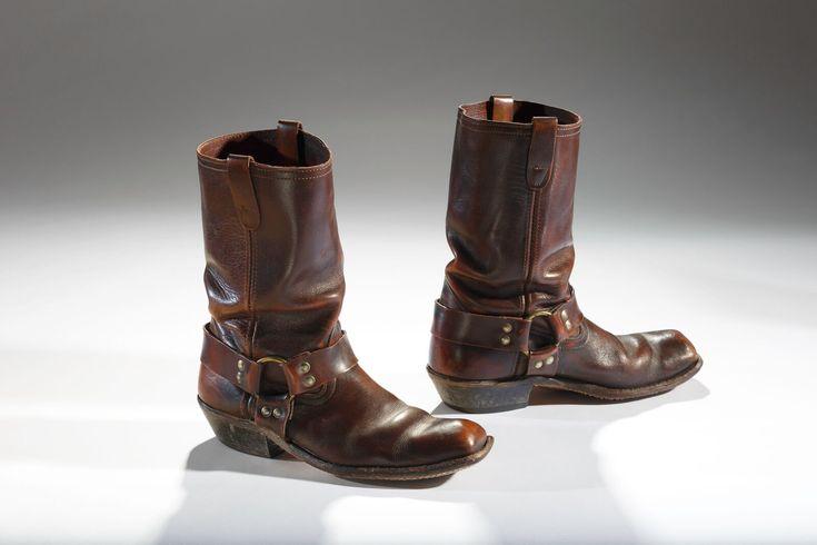 History Of Men In Heels - Shoe Exhibit