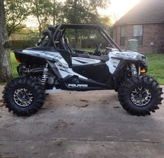 GOOD LOOKIN RZR