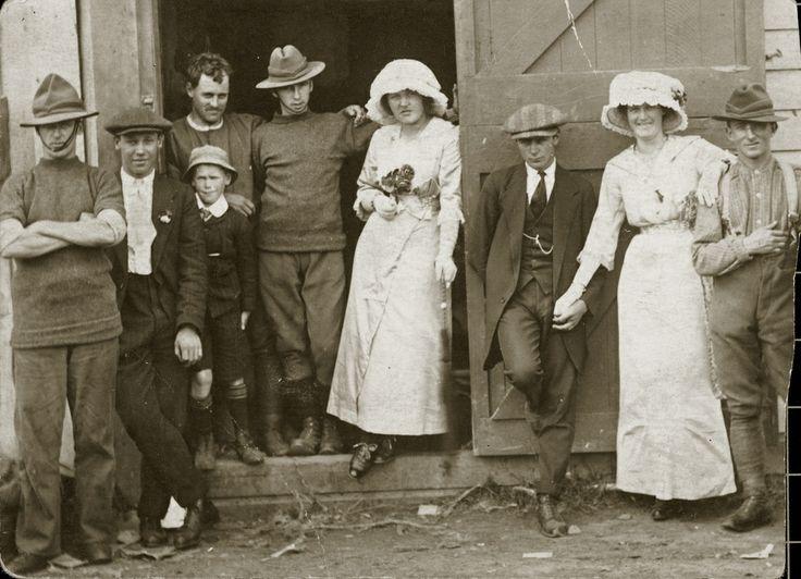 Soldier's wedding, 1914. [P1-47-462] | Upper Hutt City Library