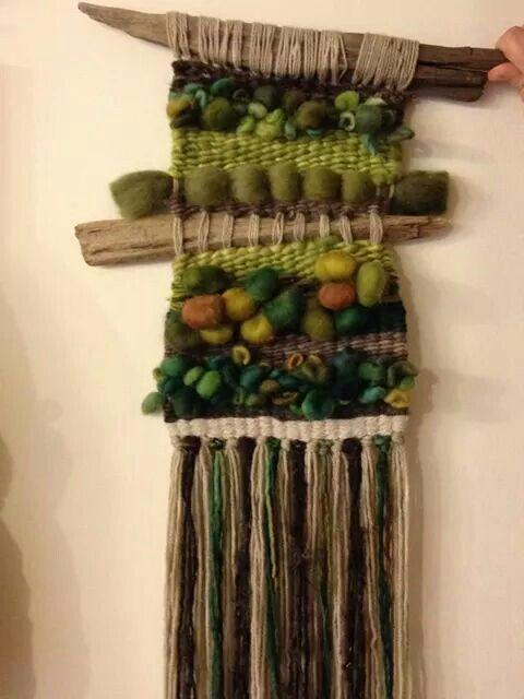 Telar decorativo colgante (Weaving)