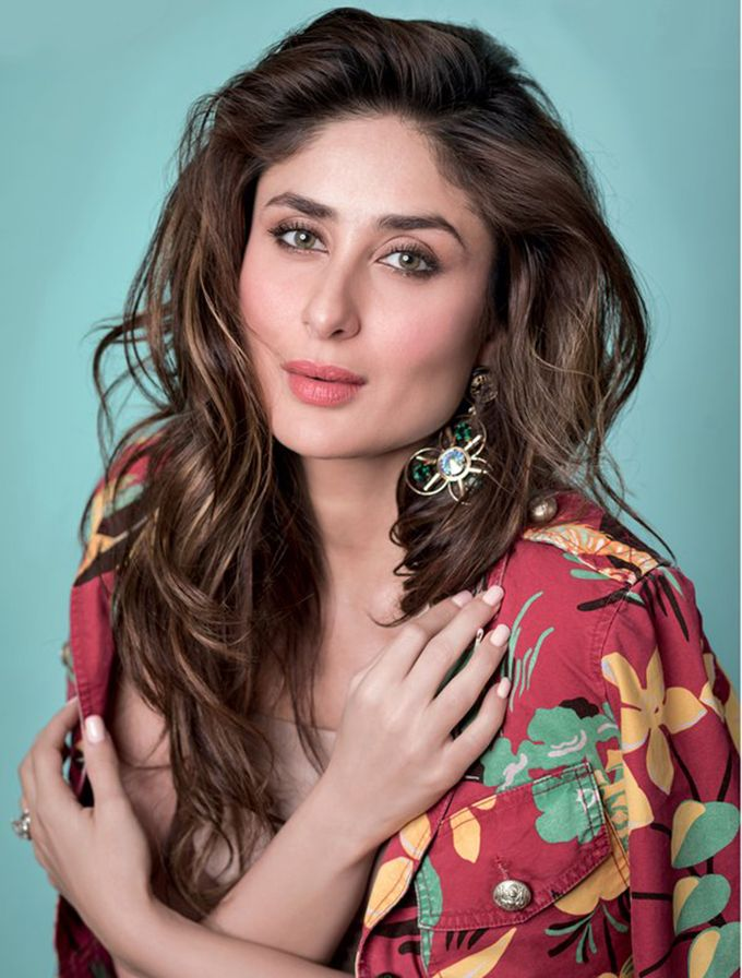 Kareena Kapoor Khan for Elle India February 2016 (Twitter: @KareenaOnline)