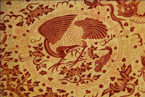 Burung hong.  Motivo de influencia china que representa un ave mitológica similar al ave fénix  (600×400)