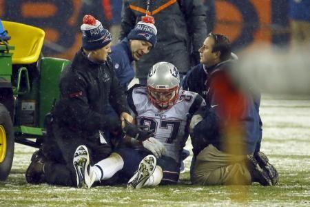 Rob Gronkowski Injury: UPDATES on Patriots Star's Knee and Return