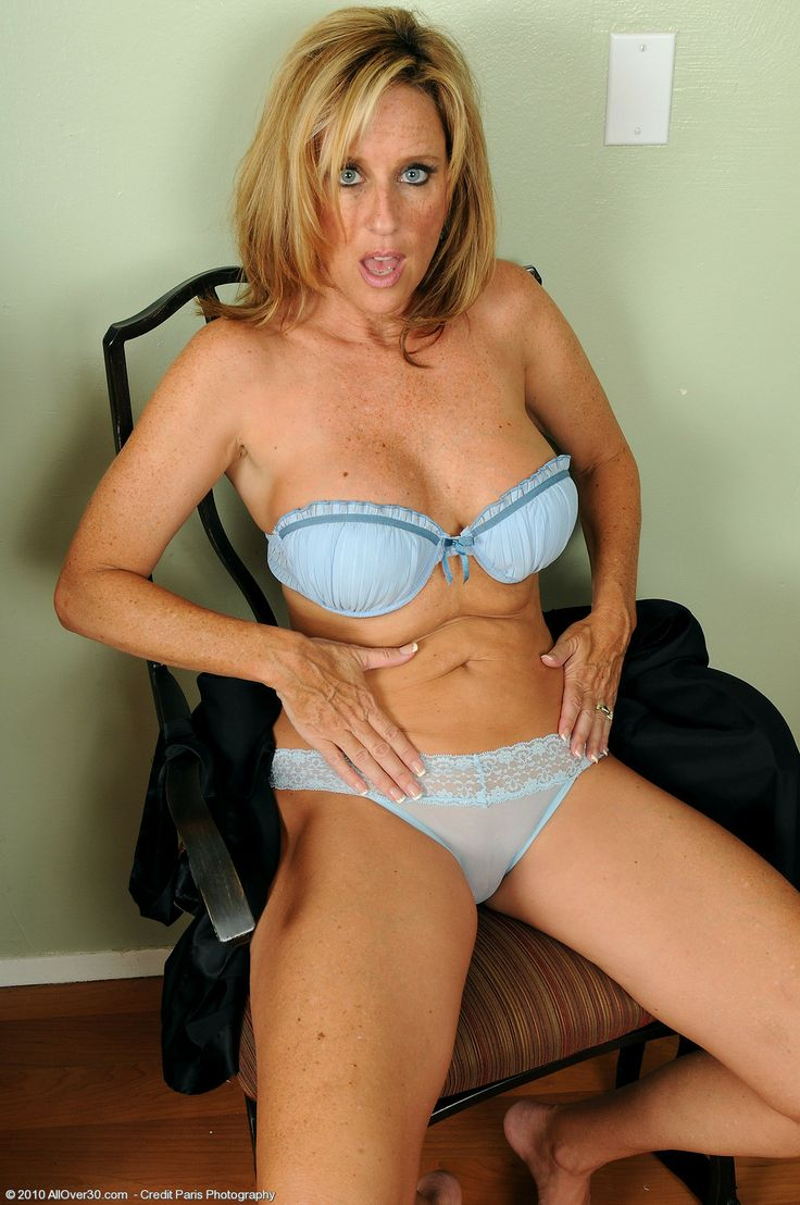 Very Hot Amature mature jody the