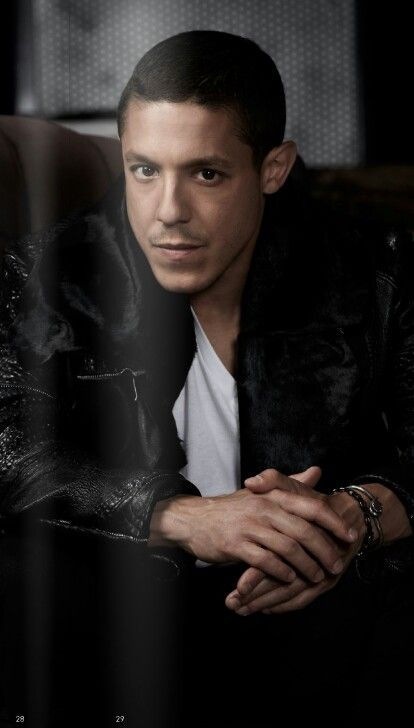 Theo Rossi (June 4, 1975) American actor, o.a. known from 'Sons of Anarchy'.