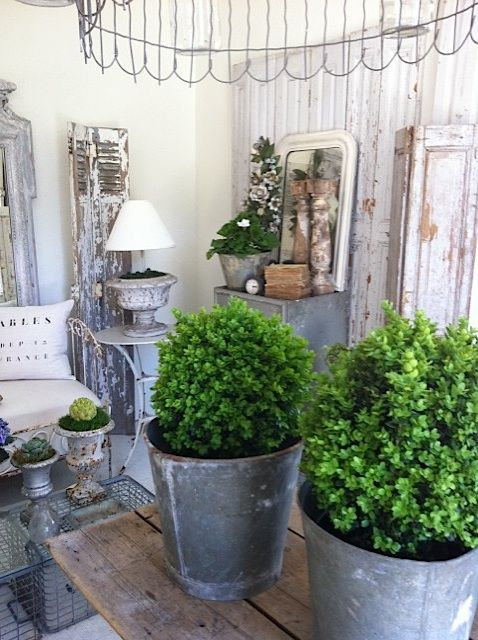 Love the green with the zinc.
