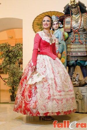 Los trajes de la Fallera Mayor de Valencia 2016 | Actualidad Fallera - portal dinámico sobre las Fallas de Valencia.