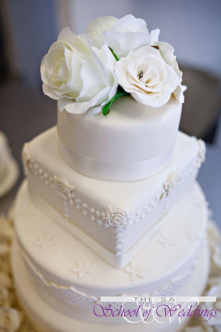 Classic White Wedding Cake www.saschoolofweddings.co.za