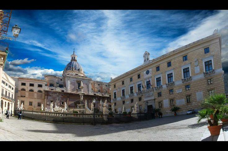 palermo- piazza pretoria
