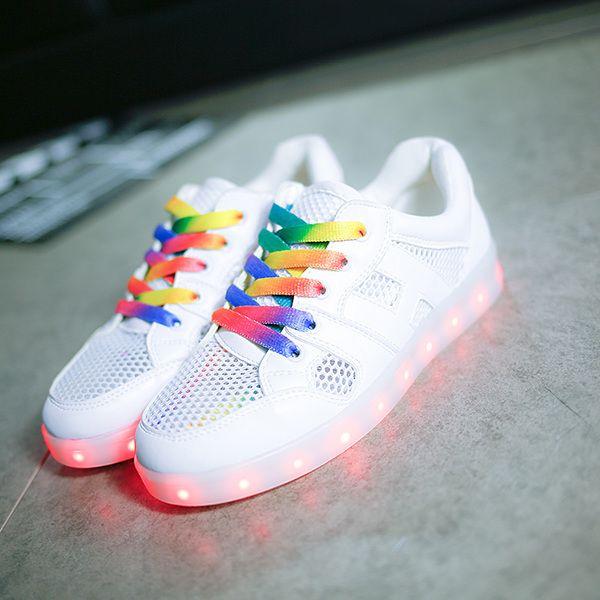 2017 Радуга излучающие обуви дышащей сетки обуви зарядки интерфейс USB обувь Корейский плоские ботинки светодиодные фонари