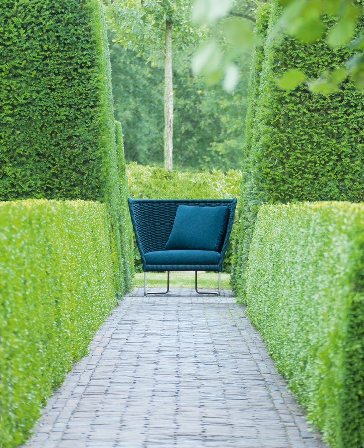 Garden in Belgium designed by Jan Joris Tuinarchitectuur