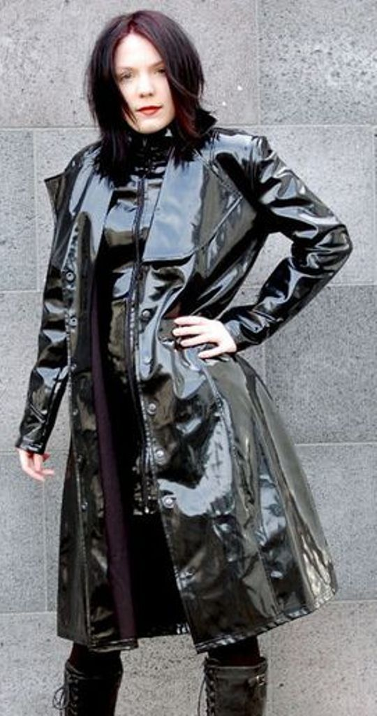 milf flashing in leather coat