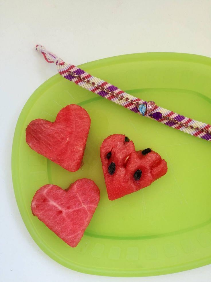 Learn now how to make the best friendship bracelet!!Only at e-xantra.gr