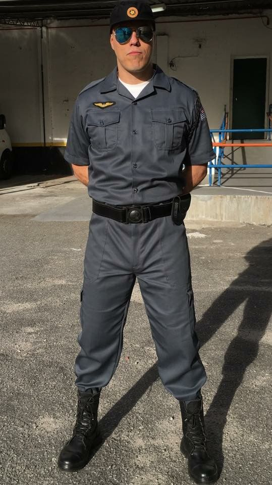 """como Policial Militar (1994) para o filme """"Nada a Perder"""" (2017) com Petronio Gontijo."""