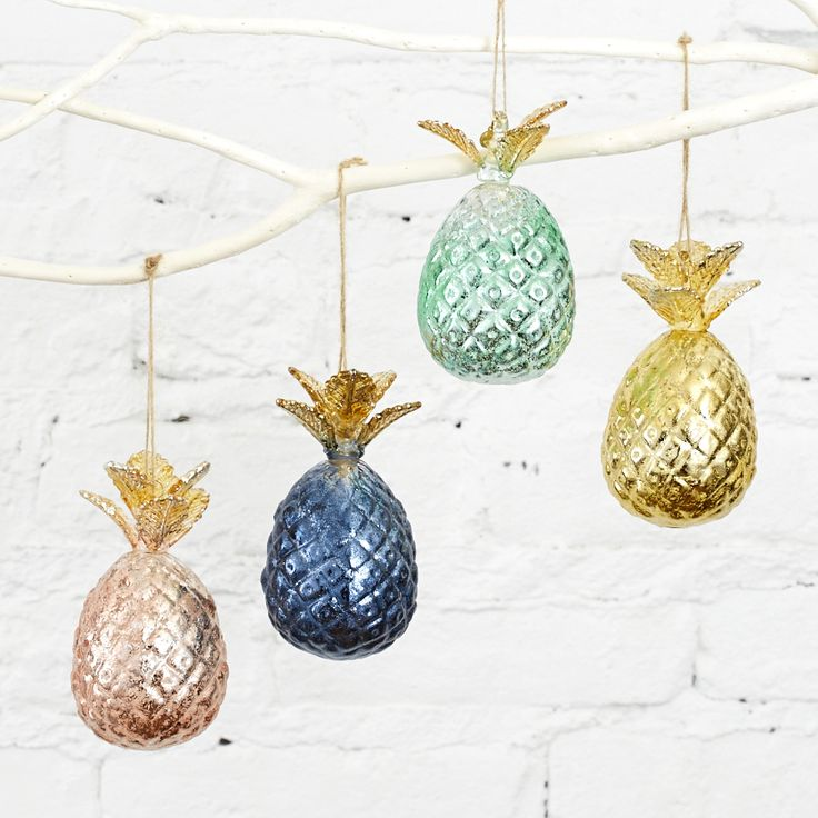 15 Non Traditional Christmas Tree Ideas: 43 Best Pineapple Christmas Images On Pinterest