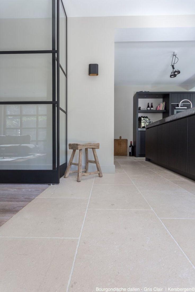 Natuursteen vloertegels | Gris clair | licht grijze/beige natuursteen vloer van Franse kalksteen | Kersbergen.nl