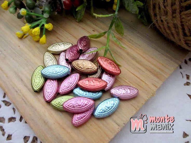 http://montemanik.com/product/parel-mata-batik-parel-03/ Parel Mata Batik Diameter  lebar 8 mm panjang 14 mm  Warna campur Material Plastik Harga / 50 biji manik  bahan aksesoris, bahan craft, manik akrilik, manik parel, Manik plastik, manik-manik, montemanik -  - #BahanAksesoris, #BahanCraft, #ManikAkrilik, #ManikParel, #ManikPlastik, #ManikManik, #Montemanik -