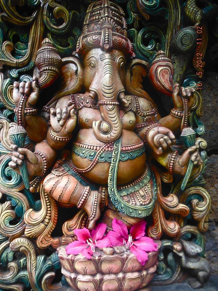 Ganesh murti at Hindu monastery, Kauai